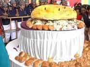 विश्व ब्रेड दिवस पर कोयंबटूर में बना 65 किलो का बर्गर