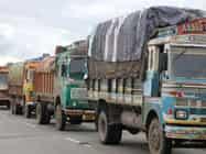 दिल्ली में प्रदूषण पर लगाम,सड़कों से आज बाहर होंगे 2 लाख भारी डीजल वाहन