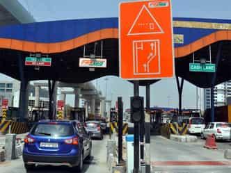 faridabad cummuter will gate fast track card at toll ...