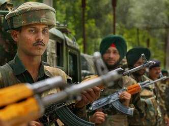 नगरोटा हमले की चूक के कारण सेना पर दबाव, रक्षा मंत्री आज करेंगे बैठक