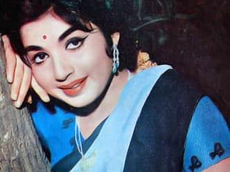 कुछ ऐसा है जयललिता का फिल्मी करियर, देखें चुनिंदा PICS