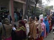 गोवा में रिकॉर्ड 83 और पंजाब में 75 फीसदी मतदान