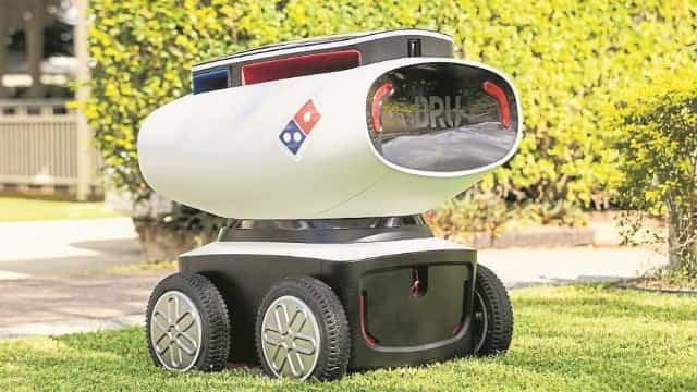 ऑस्ट्रेलिया में पिज्जा डिलिवरी करता है ये रोबोट, जानें इसके बारे में