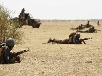 मालीः आतंकवादी हमलों में 11 सैनिकों की मौत, अलकायदा पर शक