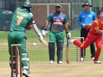 OMG! 418 के जवाब में 28 रनों पर ऑलआउट टीम, 7 बल्लेबाज शून्य पर निपटे