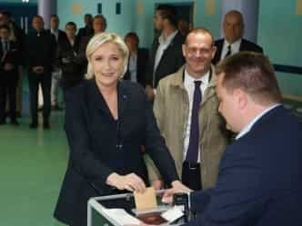 फ्रांस राष्ट्रपति चुनाव : ली पेन और मैकरॉन को मिले सबसे ज्यादा वोट
