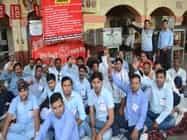 भूख हड़ताल के दौरान लगे केंद्र सरकार विरोधी नारे
