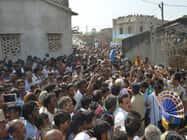 शहीद के इंतजार में केएम टैंक पर जमा थे सैंकड़ों लोग