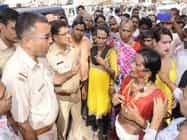 फिरोजाबाद में अर्द्धनग्न होकर किन्नरों ने काटा हंगामा, तोड़फोड़