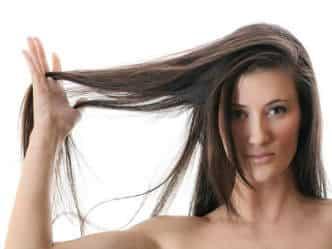 आपके बाल गर्मी में मांगें खास देखभाल