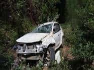 धारचूला के क्षेत्र प्रमुख का वाहन दुर्घटनाग्रस्त, पत्नी व बेटे घायल