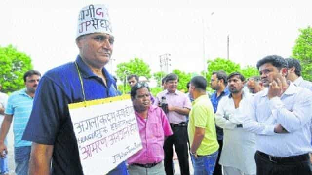 buyer protest on jaypee office