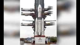 GSLV Mark III: ISRO बना रहा भारतीयों को अंतरिक्ष ले जाने वाला रॉकेट