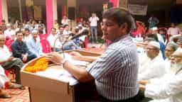 बुनकरों के हित में कार्य कर रही सरकार : सुखलाल