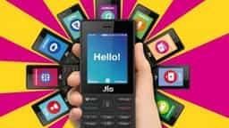 इंतजार खत्म: आज से जियो फोन की शुरू हो रही डिलीवरी, इन्हें मिलेगा सबसे पहले