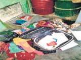 दरोगा के घर को चोरों ने खंगाला, समेटा सामान