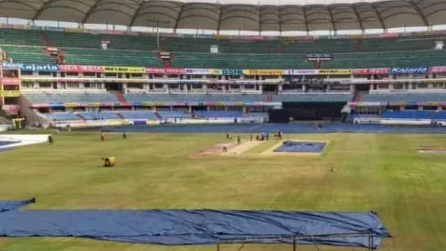 INDvAUS: तीसरे टी-20 मैच में बारिश का खतरा