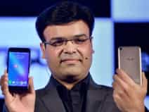 Asus ZenFone Live smartphone