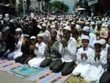 अलविदा जुमे की नमाज के साथ ईद की तैयारियां तेज