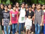 विभिन्न कालेज की छात्राओं ने किया प्रदर्शन