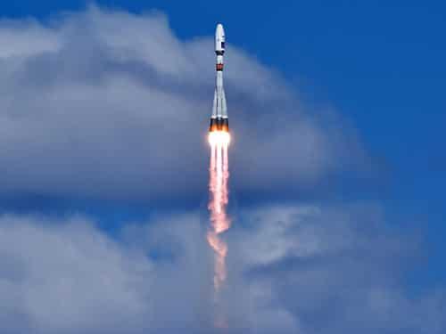 रुस: सोयूज रॉकेट का सफल प्रक्षेपण