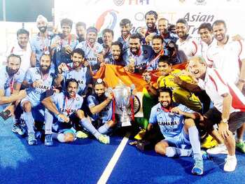 दिवाली पर हॉकी इंडिया ने दिया गिफ्ट