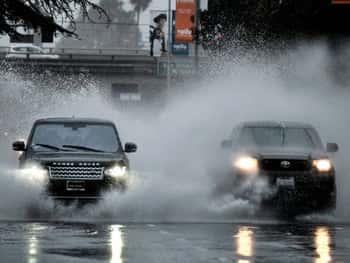 जॉर्जिया के गवर्नर नाथन डील ने आने वाले समय में मौसम के और अधिक खराब होने और इसके अटलांटा के उत्तरी हिस्से तक   पहुंचने की आशंका व्यक्त की गयी है।