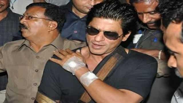 Image result for शाà¤⊃;1;रुख खान की सर्जरी
