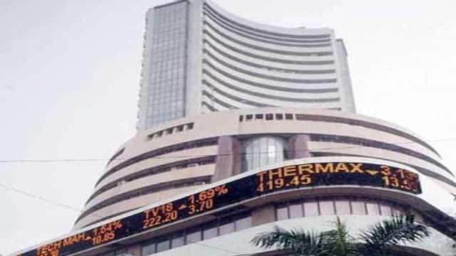 शेयर बाजारः मानसून सामान्य रहने की रिपोर्ट से सेंसेक्स 54 अंक मजबूत