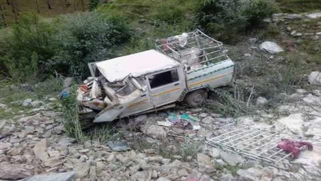 त्यूणी में लोडर दुर्घटनाग्रस्त, तीन छात्राओं समेत पांच की मौत, 20 घायल