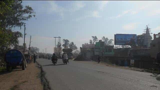 Deoria dead body on road