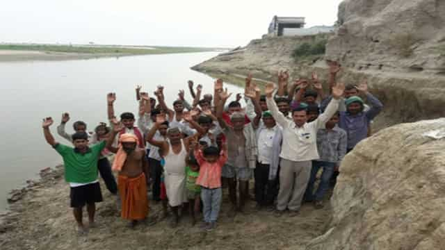 रामगंगा नदी के कारण बर्बादी की कगार पर तमाम गांव