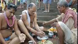 Pitru Paksh 2018: पितृ पक्ष शुरू, पितरों की शांति के लिए करें ये उपाय