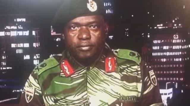 Zimbabwe: crisis in Zimbabwe but army denies from any attempt of military coup