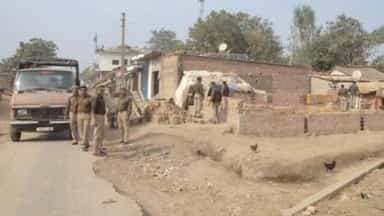 Bahraich: Four policemen including Kotwal SI suspended in ...