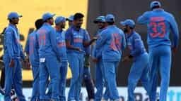 Hindustan Hindi News: INDvSL : रोहित की तूफानी पारी श्रीलंका पर पड़ी भारी, सीरीज में 1-1 की बराबरी