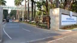 आईआईटी बॉम्बे ने विभिन्न श्रेणी में 38 भर्तियों के लिए आवेदन मंगवाए हैं।