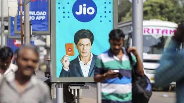 Jio Prepaid Plans: Rs 500 से कम में मिल रहे हैं ये शानदार Plans