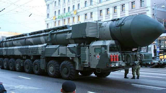 Image result for हिंदुस्तान खरीद सकता है खतरनाक मिसाइलें