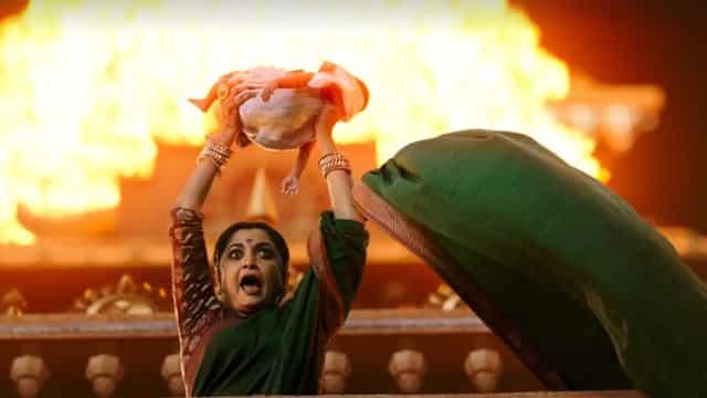 बाहुबली 2 रिलीज: रोंगटे खड़े कर देंगे फिल्म के ये सीन्स और डायलॉग्स